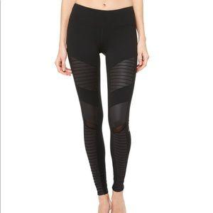 Alo Yoga Moto Leggings - Black Size M